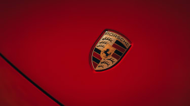 Porsche 911 Carrera S - badge