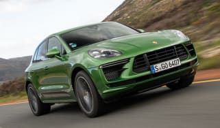 Porsche Macan Turbo - front tracking