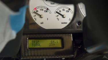 McLaren F1 Yellow odometer