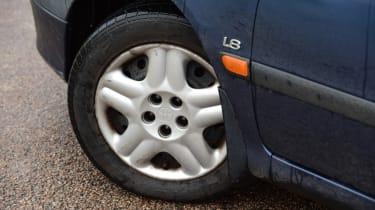 Used Toyota Avensis wheel