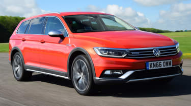 Volkswagen Passat Alltrack - front