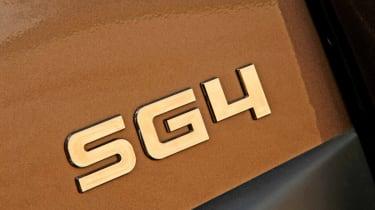 Mitsubishi Shogun SG4 detail
