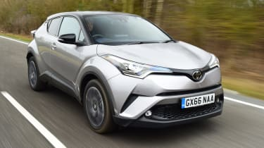 Toyota C-HT 1.2 Icon 2017 - front tracking