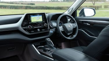 Toyota Highlander - cabin