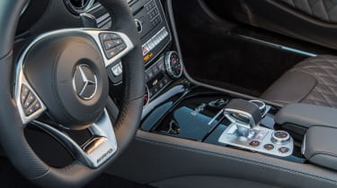 Mercedes-AMG SL 65 - steering wheel and centre console