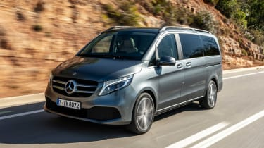 Mercedes V-Class - front tracking