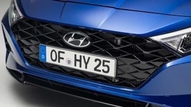 Hyundai i20 - grille