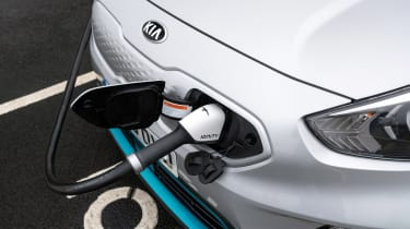 Kia e-Niro - charging cable