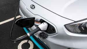 Kia e-Niro - charging cable