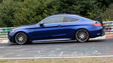 Mercedes-AMG C 63 R - spy shot track side