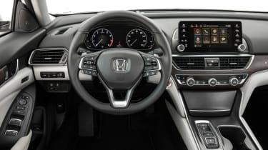 Honda Accord mk10 dash