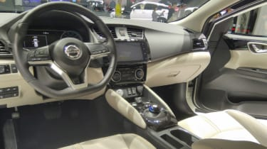 New Nissan Sylphy - dash