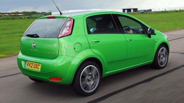 Fiat Punto TwinAir rear tracking