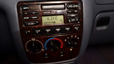 Ford Fiesta Mk4 - dashboard