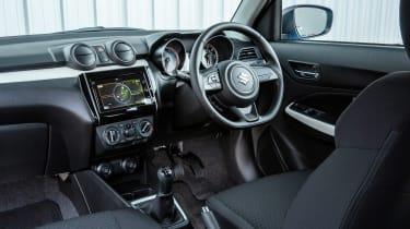 Suzuki Swift Attitude - cabin