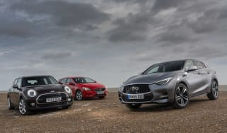Infiniti Q30 vs MINI Clubman vs Volvo V40 - group test