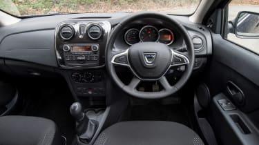 Dacia Sandero - dash