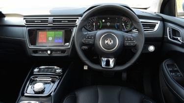 MG 5 EV - dash