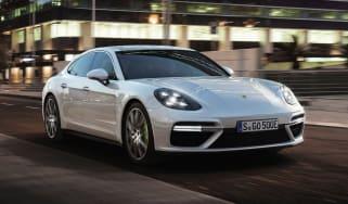 Porsche Panamera Turbo S E-Hybrid front quarter