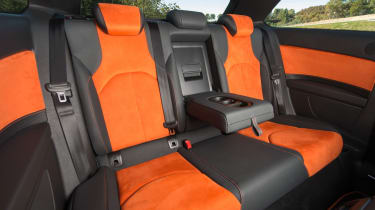 SEAT Leon Cross Sport - rear seats