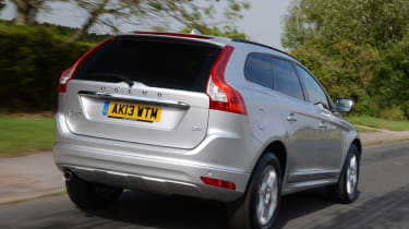 Volvo XC60 front rear action