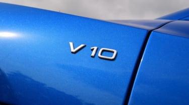 Audi R8 - V10 badge