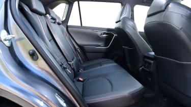 Toyota RAV4 - seats