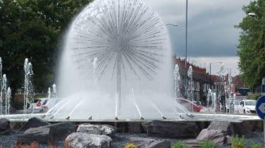 Giant dandelion roundabout, Nuneaton