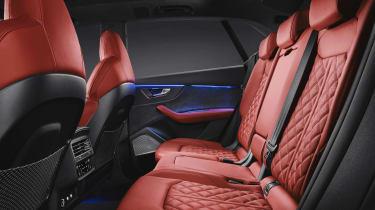Audi SQ8 - studio rear seats