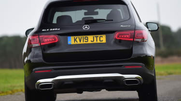 Mercedes GLC 220 d  - rear cornering