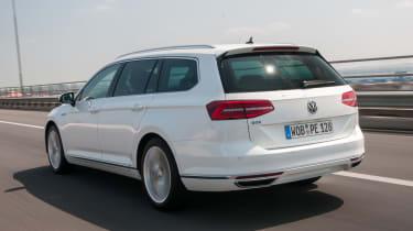 Volkswagen Passat GTE Estate - rear tracking