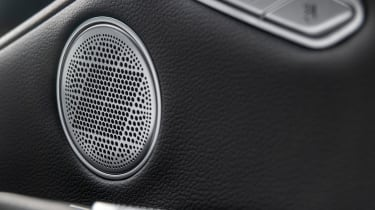 Genesis G80 - sound system