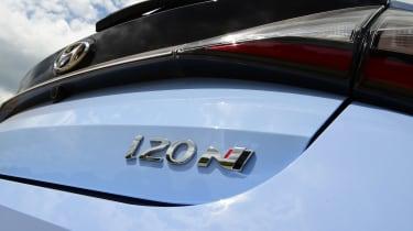 Hyundai i20 N - rear badge
