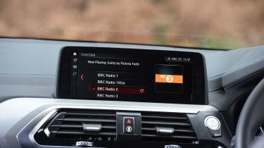 BMW X3 - radio