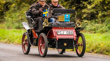 London to Brighton Veteran Car Run  -  halfway