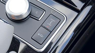 Mercedes E350 CDI Estate buttons