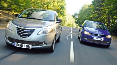 Chrysler Ypsilon TwinAir vs Volkswagen Polo 1.4