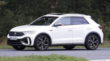 Volkswagen T-Roc R - spyshot 4