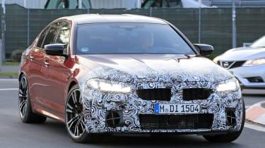 BMW M5 facelift - spyshot 1
