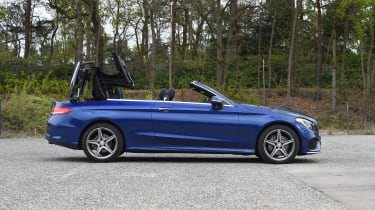 Mercedes C-Class Cabriolet - roof opening