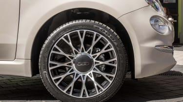 Fiat 500 alloy wheel