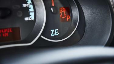 Renault Kangoo Z.E. - dial