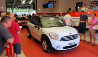 Car auction MINI