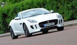 Jaguar F-Type Coupe V6 front