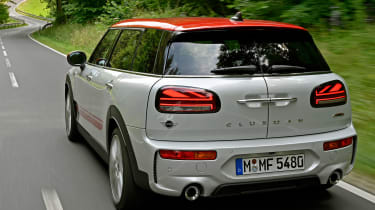 MINI Clubman JCW - rear tracking