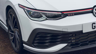 Volkswagen Golf GTI Clubsport - headlight