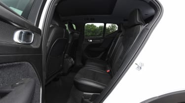 Volvo XC40 - rear seats