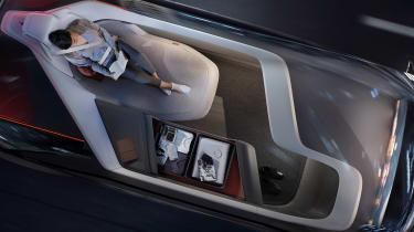 Volvo 360c concept - reading