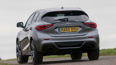 Used Infinti Q30 - rear cornering