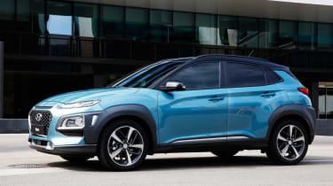 Hyundai Kona - side